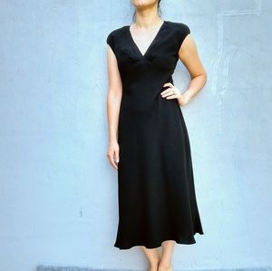 Jones wear dress black long dress